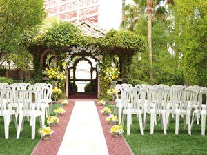 Gazebo Weddings At The Flamingo Hotel Las Vegas This Was Our Wedding Spot