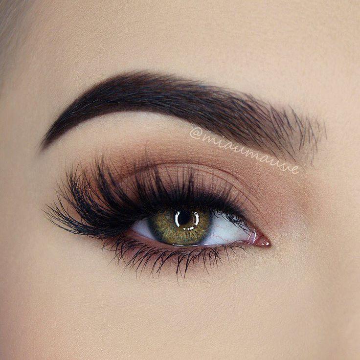 Geheimnisse eines schönen Make-ups für grüne Augen #Augen #eines #für #Gehei…