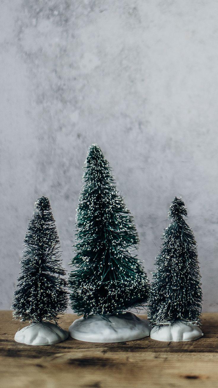 Estos tutoriales te ayudarán a crear tus adornos navideños a tu gusto y estilo. Blackberry, Fruit, Pretty Phone Backgrounds, Christmas Ornaments, Create, Tutorials, Style, Blackberries, Rich Brunette