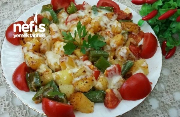 Tereyağli Haşlanmış Patatesli Biberli Nefis Kahvaltilik