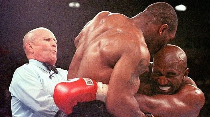 Today in 1998 - Mark Nieto filed a lawsuit against #Aerosmith for alleged hearing loss after he attended an Aerosmith concert. Ironically also on this date in 1998 Mike Tyson got his boxing license back after he had lost it for biting Evander Holyfield's ear during a fight. Think back to biology classare your #earlobes Attached or Detached? #SSLLC #TodayInHistory