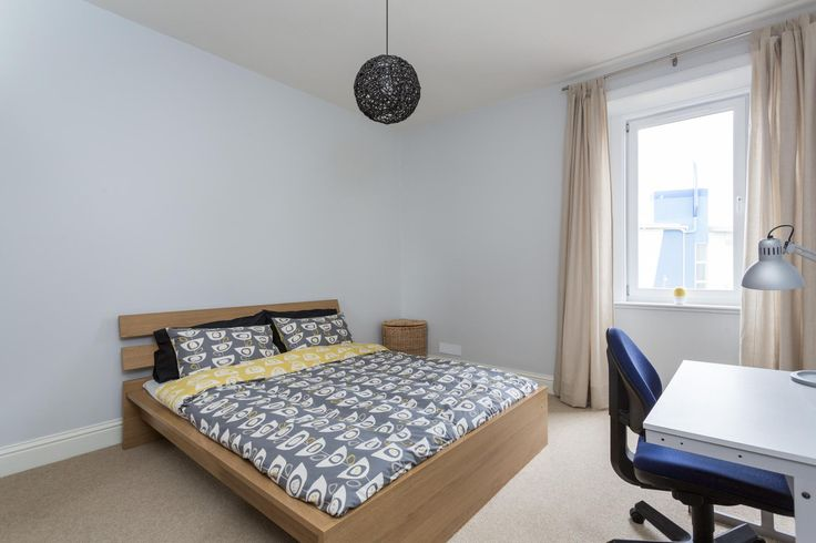Offers Over £110,000 37/16 Caledonian Crescent Immaculately presented and newly refurbished one bedroom top floor flat, located in the popular district of Dalry within walking distance of Edinburgh city centre http://www.hbjgateleyscotland.com/property/property-details/37--16-eh11-2ah#.VFOk2OlybVg