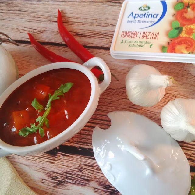 Wołowina po Burgundzku w Kremowym Sosie Pomidorowo-Bazyliowym