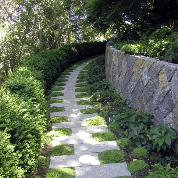 locksley hall, pavers with moss walkway