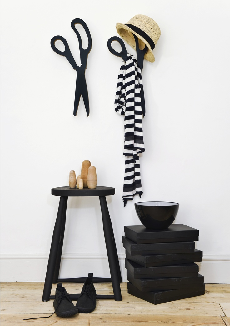 'This is a very large pair of scissors', wall hanger from www.onemustdash.com