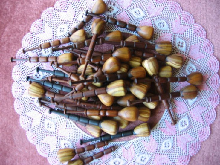 Bolillos artesanos de Canada, realizados en maderas nobles
