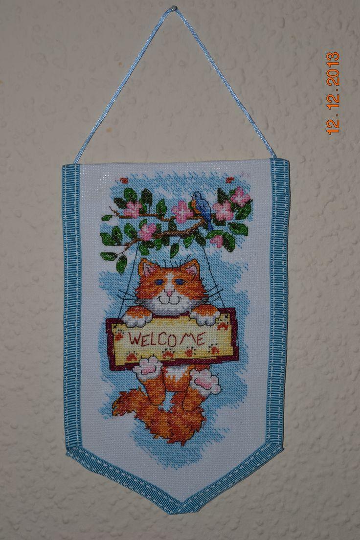 подвеска на входную дверь.Вот такой рыжий кот встречает нас каждый день)))
