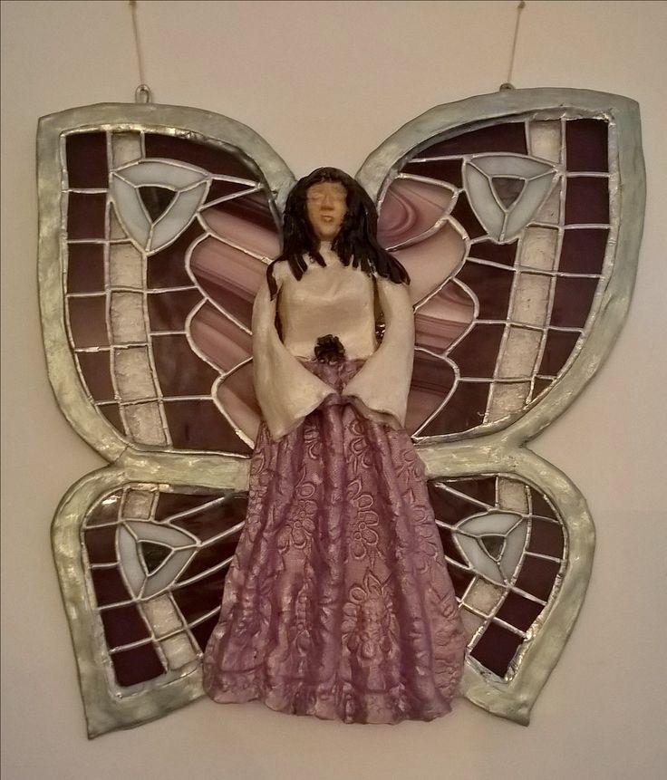Ceramic butterfly lady with stained glass eings keramická motýlice s tiffany křídly
