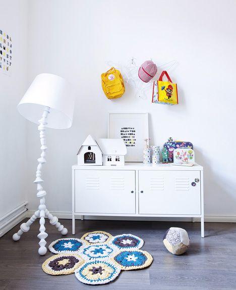 .: Playrooms Ideas, Ikea Lamp, Cute Crochet, Bedrooms Design, Kid Rooms, Crochet Rugs, Bedrooms Decor, Crochet Mats, Kids Rooms