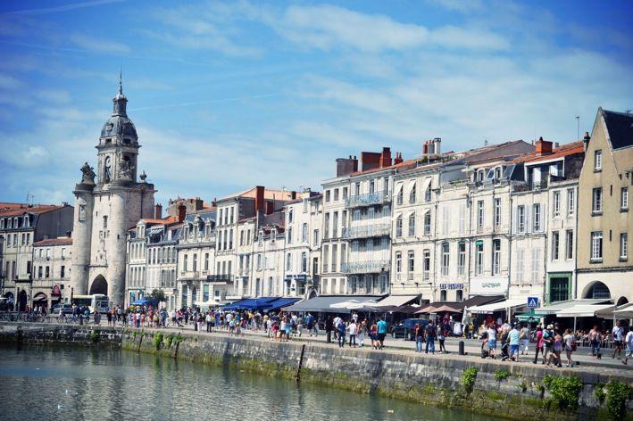 Tour de l'Horloge et quai Duperré