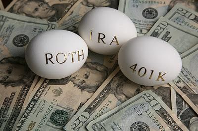 401k vs Regular IRA vs Roth IRA. It's important to know the difference!