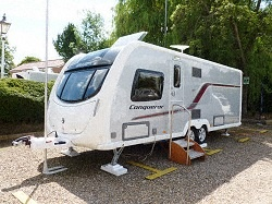 "New Swift Conqueror 645 2013 Caravan,   Price: £24294.00 + Delivery Charge.  Year : 2013.  Berth: 4.  Internal Length:20ft 7""  External Length: 26ft 3"".  Width: 7ft 7"".  Unladen Weight:1644kg.  MTPLM:1804kg.  Warranty: 3 Years."
