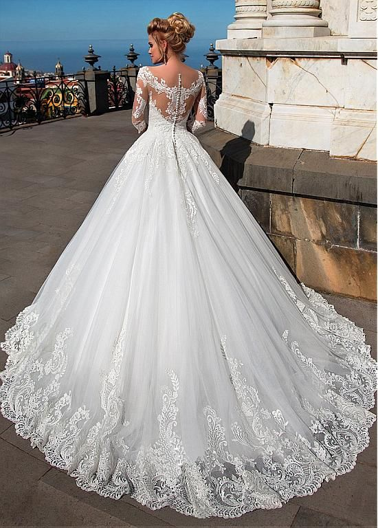 Magbridal Fantastic Tulle & Organza V-neck Neckline Ball Robe Wedding ceremony Clothes With Lace Appliques