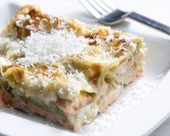 Lasagnes au saumon fumé, chèvre et tomates