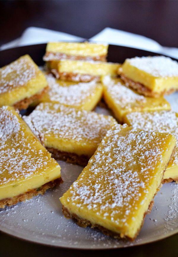 Barritas de limón y leche condensada - http://macadamiaysal.blogspot.com.es