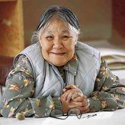 Biography of Kenojuak from Canadian Encyclopedia http://www.thecanadianencyclopedia.ca/en/article/kenojuak-ashevak/