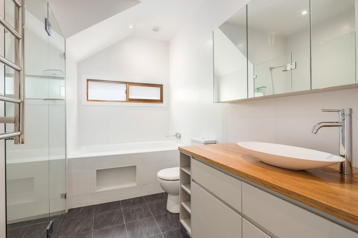 New bathroom by The Site Foreman #sydneyarchitects #newhome #homeinspiration #innerwestarchitects