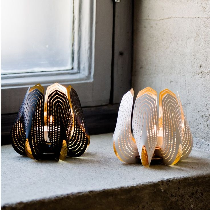be&liv Blossom tea light holders, stunning perforated metal tulip like holders in Black & White. Innovative flat packed Finnish design & available only from Cloudberry living in the UK.