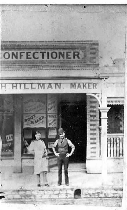 [Hillman's bootmaking shop in Chapel Street]