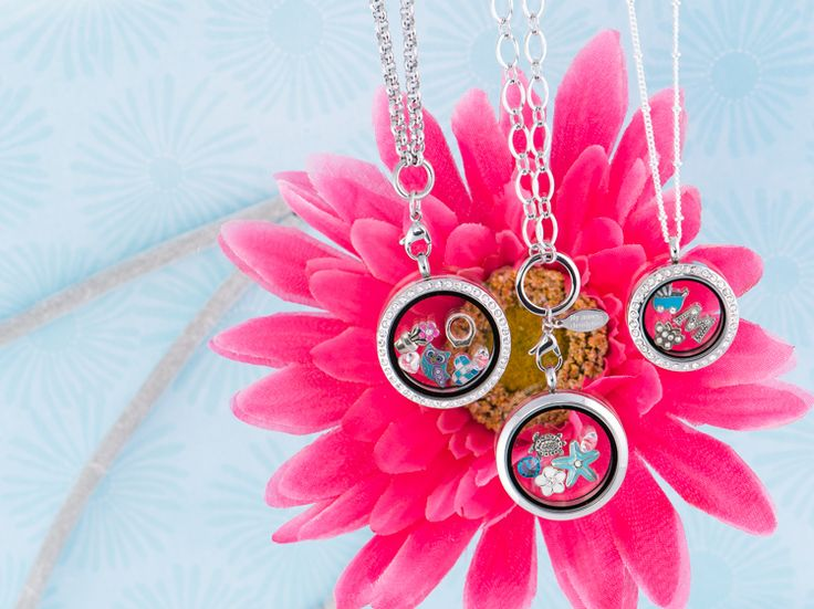 3 Lockets and a Flower