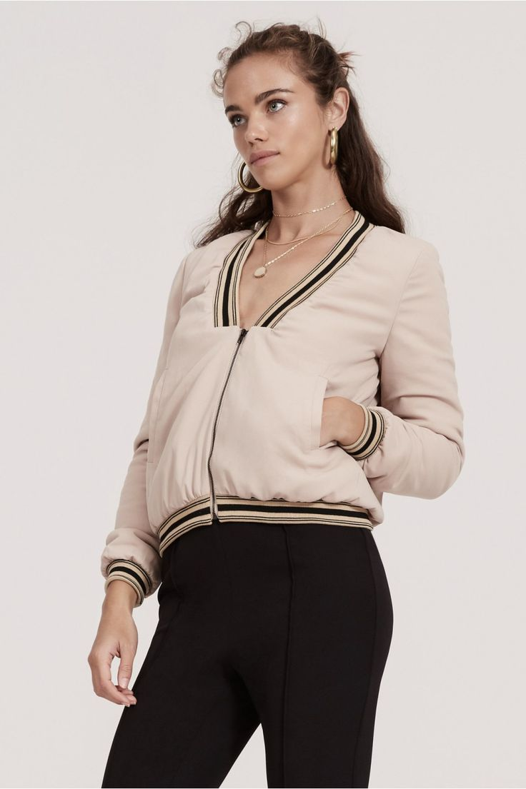 FINDERS KEEPERS VIVID DREAMS BOMBER sand