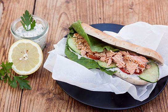 Pulled Lachs-Burger