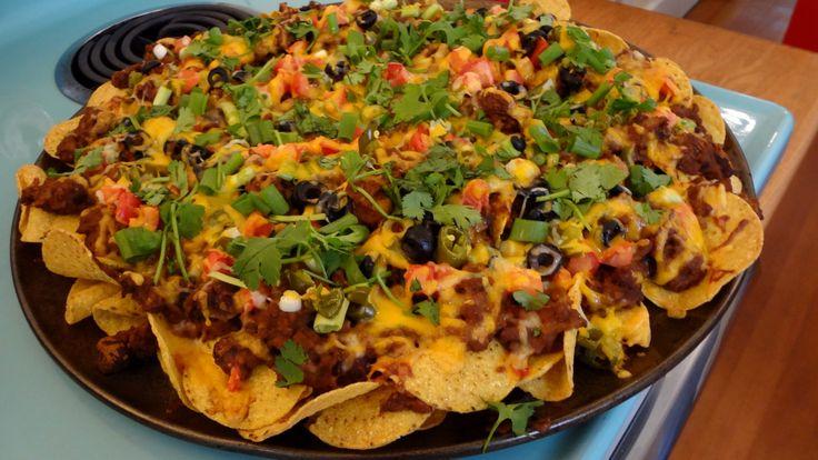 Restaurant-style Nachos Grande --a pizza pan makes a great nachos platter.