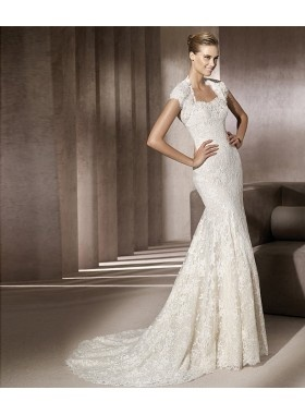 Very flattering neckline for girls with broad shoulders for Wedding dresses for broad shoulders