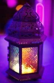 Zaks Blog: Ramadan: Moroccan Lamps, Candles, Purple Passion, Violets, Moroccan Style, Summer Night, Moroccan Lanterns, Colors Glasses, Purple Lamps