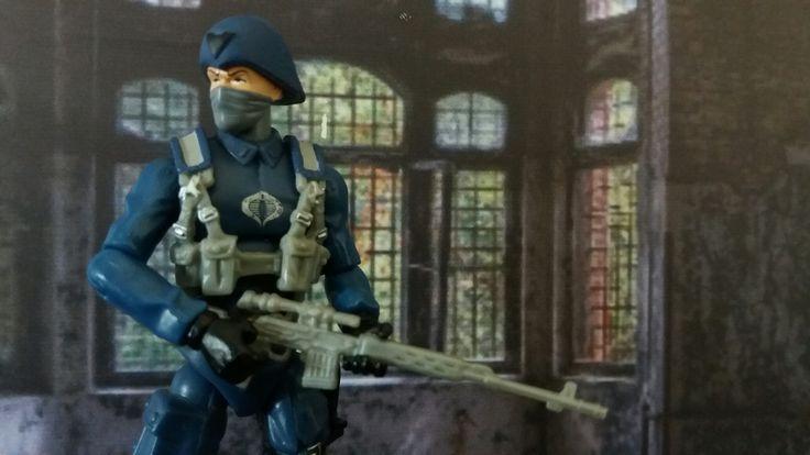 Cobra Officer