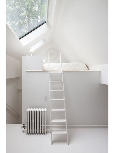 Small room Bedroom