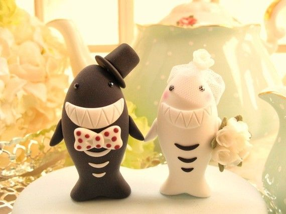 Oh my gosh! Maybe Kurt and I will renew our vows just so I can have these as a cake topper!
