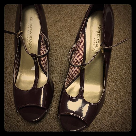 Christian Siriano Comfy Heels Very comfortable heels. Brand new, never worn. Got it as a gift but too heely for me. Christian Siriano Shoes Heels