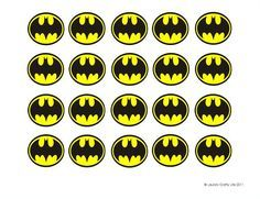 Lauras Crafty Life: Batman Cupcake Liners (and a free printable)