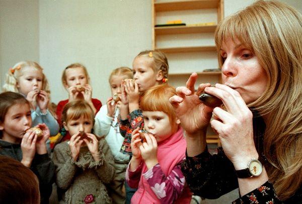 Νηπιαγωγοί και Βρεφονηπιοκόμοι στην Γερμανία   Η AXIA Personal Ε.Π.Ε αναζητά για τη στελέχωση κυρίως δημόσιωναλλά και ιδιωτικών εκπαιδευτικών φορέων της Γερμανίας  ΝΗΠΙΑΓΩΓΟΥΣ & ΒΡΕΦΟΝΗΠΙΟΚΟΜΟΥΣ  Απαραίτητα Προσόντα  Απόφοιτοι ΑΕΙ ή ΤΕΙ (Προσχολικής Αγωγής ή Βρεφονηπιοκομίας)  Γνώσεις γερμανικών τουλάχιστον σε επίπεδο Β2  Αγγλικά  Γαλλικά προαιρετικά  Οι πελάτες μας προσφέρουν  Σύμβαση αορίστου χρόνου  Αξιοπρεπείς συνθήκες εργασίας ευχάριστο και σύγχρονο εργασιακό περιβάλλον  Αξιοποίηση των…
