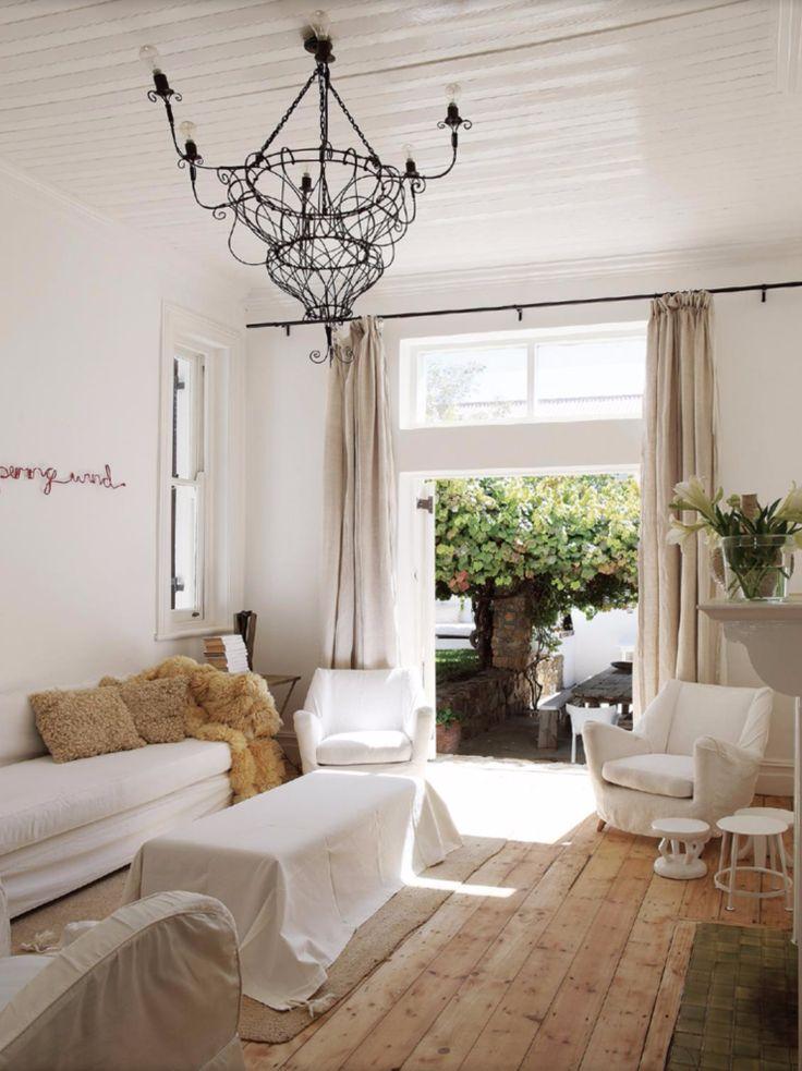 le dernier est magazine blanc et minimal plusieurs. Black Bedroom Furniture Sets. Home Design Ideas