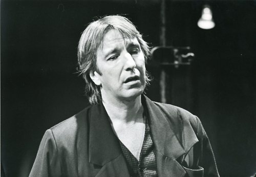 in 1992, I took OH to see Alan Rickman in Hamlet #Shakespeare #StGeorgesDay