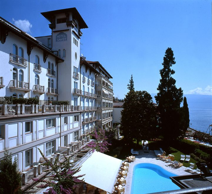 Are you looking for #meeting and #conference room in #Italy? Hotel Savoy Palace - #lake #Garda