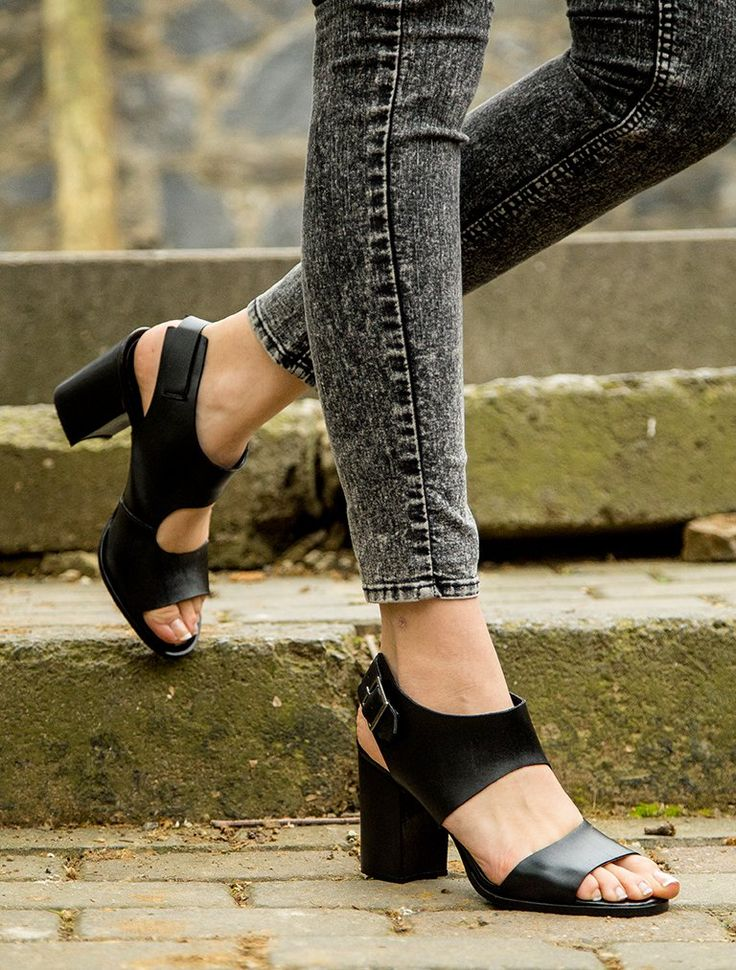 GÜNDELİK TOPUKLU Morela Siyah Topuklu Sandalet