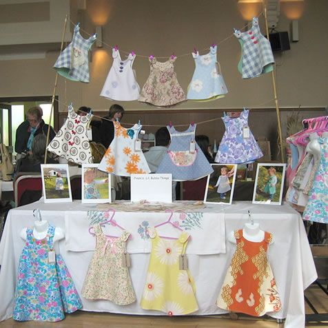 market table craft booth clothing display - the entire blog has all kinds of neat ideas and photos of booths