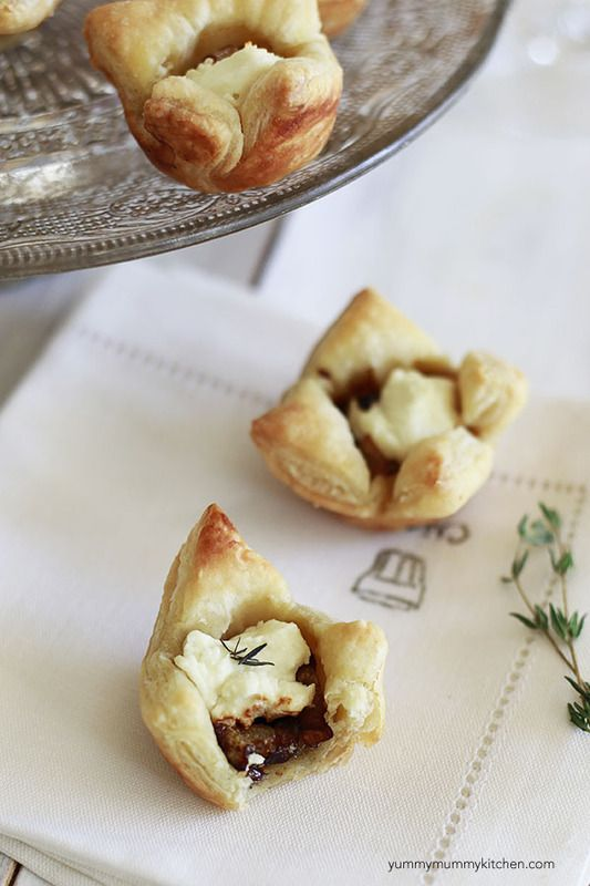 Yummy Mummy Kitchen: Caramelized Onion and Goat Cheese Puff Pastry Bites  #puffpastry