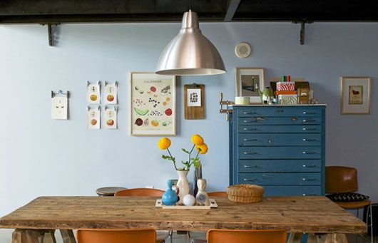 that cabinet!: Dining Rooms, Blue Wall, Kitchens Tables, Wood Tables, Dining Spaces, Pastel Colors, Houses Doctors, Wooden Tables, Chest Of Drawers