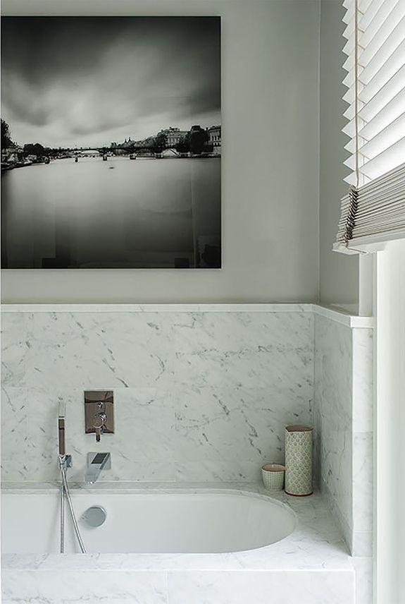 An apartment in Paris by DesjeuxDelaye - desire to inspire - desiretoinspire.net