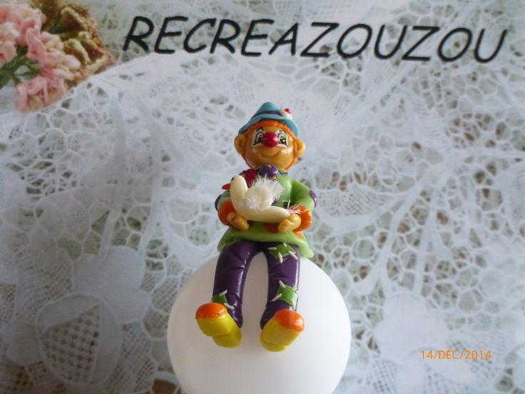 veilleuse à led décorée d'un clown et d'une colombe en porcelaine froide fait main : Luminaires par recreazouzou