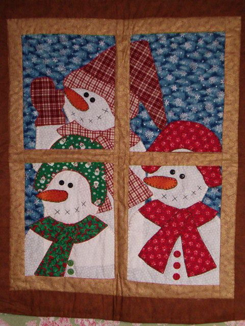 Snowmen Peeking in the Window Quilt Pattern