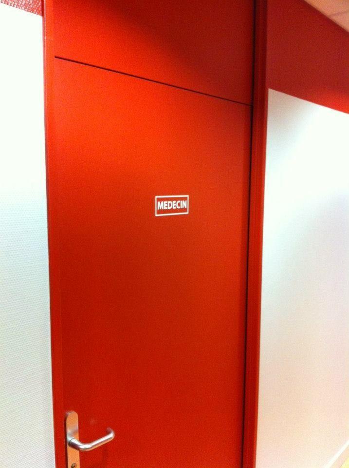 Signalétique intérieure pour les bureaux du centre L'ADAPT THIONIS de Thionville (57)