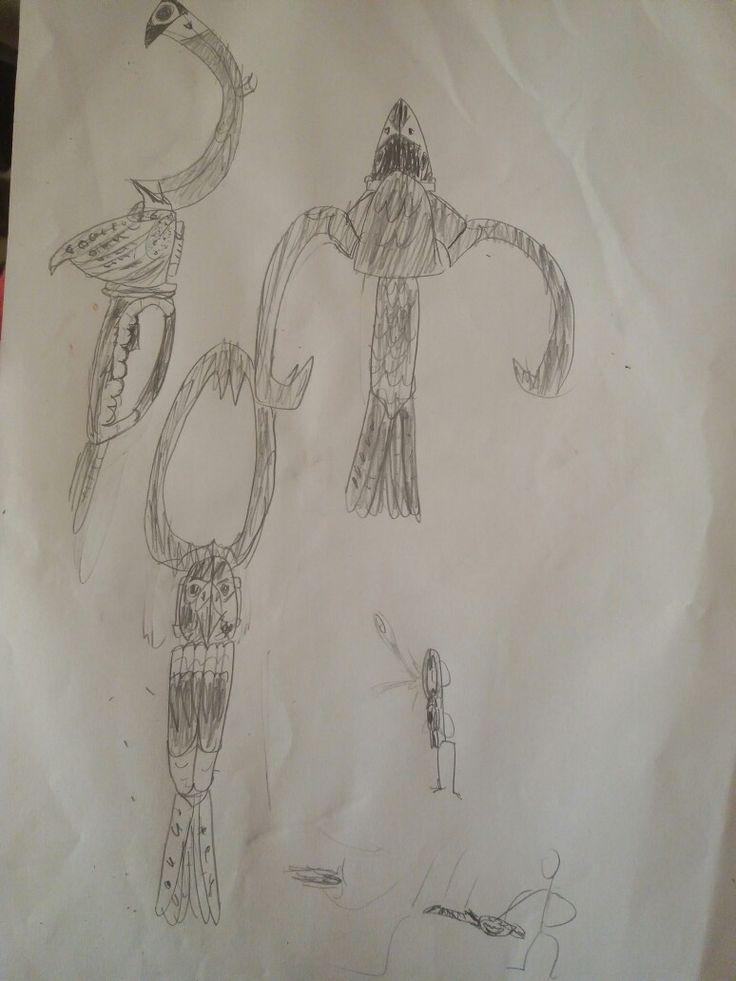 Una mia creazione: Un'arma ispirata ad un falco peregrino (Falco peregrinus). Ha tre modalità: Khopesh (spada a falce egiziana, per attacchi a breve distanza, boomerang, per quelli a lunga distanza, e gunbei (ventaglio da guerra giapponese), per difesa (sia parando direttamente i colpi, che repellendoli con correnti d'aria).