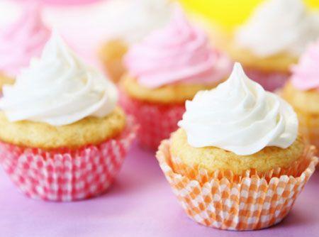 Cupcake de Lim�o com Cobertura - Veja mais em: http://www.cybercook.com.br/receita-de-cupcake-de-limao-com-cobertura.html?codigo=13667