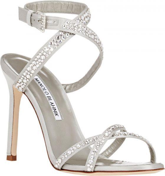 Zapatos de novia Manolo Blahnik 2016: máximo glamour a tus pies Image: 6
