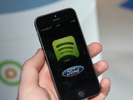 Spotify sets mobile music free. What took so long? analysis Even for the music labels' darling, giving listeners their streaming preference -- mobile and free -- took Spotify a long time. Blame the slow healing of the music industry and the morass of music licensing.